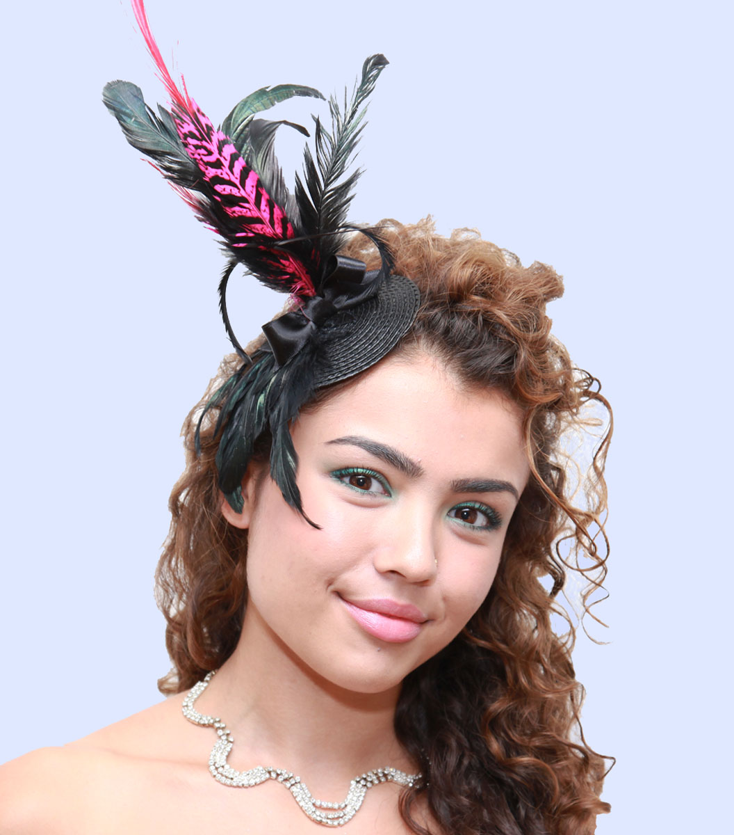 Fuscia Fascinator