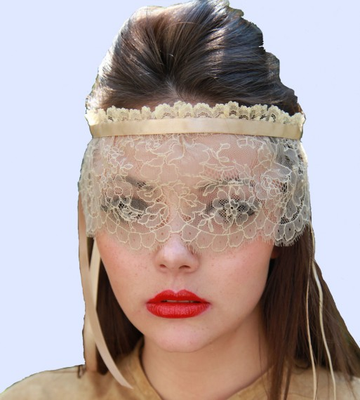 Chantilly Headdress